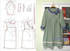 Melek's media content and analytics Japanese Sewing Patterns, Easy Sewing Patterns, Clothing Patterns, Dress Patterns, Rock Shirts, Shirts & Tops, Sewing Clothes, Diy Clothes, Mode Batik