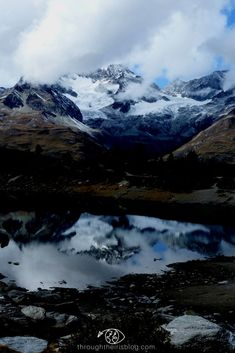 Switzerland Photography | Swiss Alps | Lake Reflection | Photography Tips for Landscape & Mountains