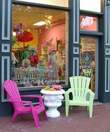 Boutique Ideas, Boutique Stores, Children's Boutique, Boutique Design, Sweet Caroline, Shop Window Displays, Store Displays, Magnolia Store, Store Front Windows