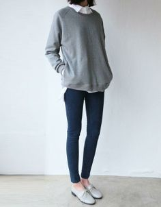 Simply styled oversized sweater with loafers