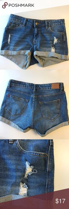 Denim Shorts Mid rise, cuffed denim shorts. Previously worn but in great condition. No tag, sizing is stamped on the pocket.     Please ask questions! Offers welcome! No trades! BDG Shorts Jean Shorts