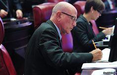Satisfecho Seilhamer con respuesta del Tribunal en mandamus contra OGP