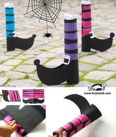 English is FUNtastic: Easy Halloween Craft - DIY the shoes of the witche. Dulceros Halloween, Bricolage Halloween, Manualidades Halloween, Halloween Books, Halloween Crafts For Kids, Halloween Activities, Halloween Projects, Diy Halloween Decorations, Halloween Cards