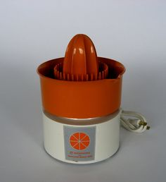 This juicer can also be used a butt plug because of its wide base and narrow shaft.