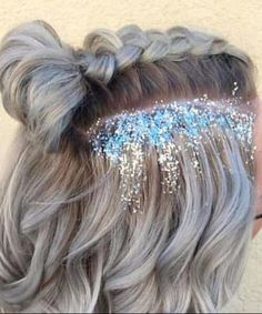 Striking party hairstyles for short hair - Hair Styles 2020 Prom Hairstyles For Short Hair, Braids For Short Hair, Party Hairstyles, Short Hair Styles, Short Festival Hair Braid, Hairstyles For Concerts, Hairstyles For Picture Day, Braided Short Hair, Hair Styles For Prom