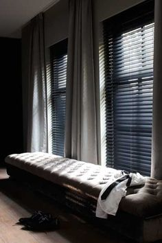 https://i.pinimg.com/236x/45/91/37/4591371f4c8409ec669a23e20271696a--black-shutters-window-seats.jpg