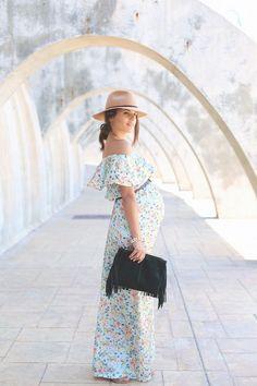 Floral print long maxi dress - jessie chanes - pregnancy style inspiration.
