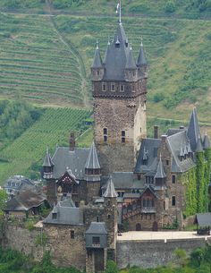 Reichsburg Cochem, Germany i am so amazed at who, how when people built this