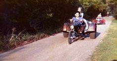 {*Elvis on trike with Linda Thompson*}