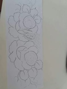 Diy Crafts Hacks, Diy And Crafts, Flower Sketches, Arte Popular, Embroidery, Rose Patterns, Canvas, Drawings, Flowers