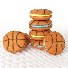 Basketball Inspired Foods: Basketball Nilla Wafer Cookie Sandwiches #PreppyPlanner