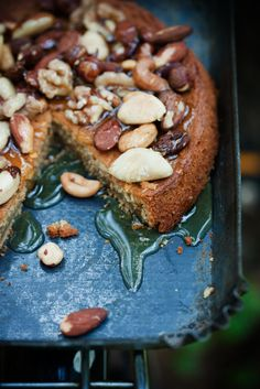 (via Sweet Paul Recipe Monday / Espresso Cake with Honey & Nuts) Just Desserts, Delicious Desserts, Yummy Food, Baking Desserts, Sweet Recipes, Cake Recipes, Dessert Recipes, Espresso Cake, Cuisine Diverse