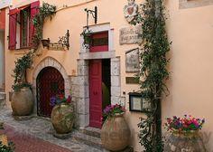 Hostellerie Jerome in La Turbie (May 2010) by CatChanel, via Flickr