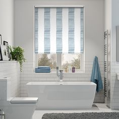 With a beautiful striped pattern that's as calming and serene as the ripples of waves coming into vast open sand, the Splash Ceramic Stripe Med Blue roller blind is the perfect choice.