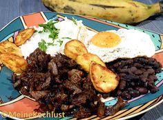 Pabellón Criollo           Schwarze Bohnen mit Rindfleisch und Spiegelei - Black beans with beef and egg -