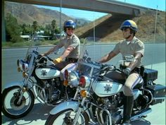 "Kawasaki motorcycles from the tv show "" CHiPS"" Larry Wilcox, Great Tv Shows, Old Tv Shows, Cop Show, 80s Tv, Photo Vintage, Classic Tv, Movies Showing, Movie Tv"