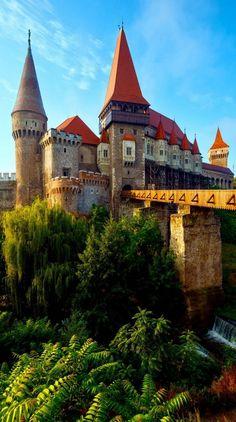 Summer Morning View of Corvin Castle,Hunedoara,Transylvania amongraf.ro