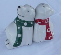 Pair Of POLAR BEAR Figurine Salt & Pepper Shakers Red scarf Green Christmas