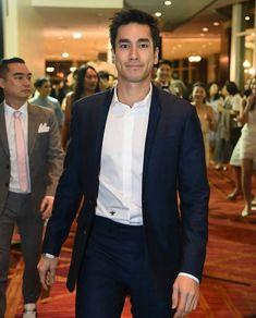 Nadech at margiepok wedding Social Platform, Gentleman, Suit Jacket, Handsome, Actors, Suits, Couples, Celebrities, Jackets