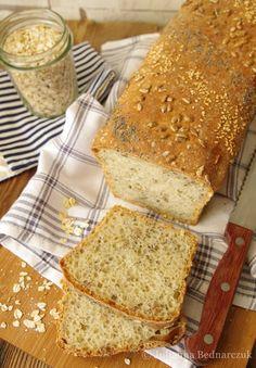 Obiad gotowy!: Chleb pszenno-owsiany z ziarnami (na drożdżach) Bread Recipes, Banana Bread, Food, Grains, Eat Lunch, Recipies, Breads, Essen, Eten