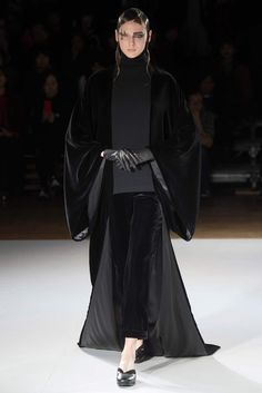 Yohji Yamamoto, Look #17