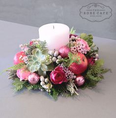 57 Super Ideas For Flowers Wreath Centerpiece Christmas Flowers, Christmas Candles, Pink Christmas, Christmas Wreaths, Christmas Crafts, Christmas Arrangements, Christmas Centerpieces, Handmade Christmas Decorations, Xmas Decorations