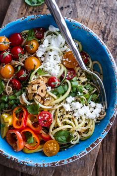 Farmers Market Sesame Miso Noodle Bowls with Garlic Chips #recipe #healthy