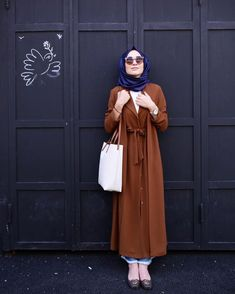 Hijab Chic, Casual Hijab Outfit, Hijab Dress, Dress Skirt, Abaya Style, Hijab Style, Islamic Fashion, Muslim Fashion, Modest Fashion