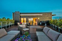 Bilderesultat for flatt tak takterrasse Flat Roof, Patio, Mansions, House Styles, Outdoor Decor, Home Decor, Decoration Home, Manor Houses, Room Decor