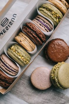 #macarons #natural #box #colors Macarons, Sweets, Cookies, Natural, Box, Colors, Desserts, Biscuits, Snare Drum