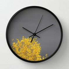stylish Stylish Clock Design Ideas With Photo Wall Decorations To Have Photo Wall Clocks, Large Wall Calendar, Moss Decor, Gold Bedroom Decor, Wall Clock Wooden, Wall Watch, Cool Clocks, Wall Clock Design, Diy Resin Crafts