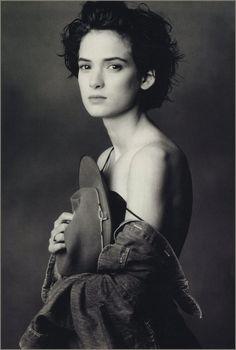 Annie Leibovitz Most Famous Photographs | Annie Leibovitz - Lethycia Macedo