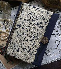 """Masters Fiera - fatti a mano. Acquista Notebook fatto a mano """"Legend of the Unicorn"""". Notebook Cover Design, Notebook Covers, Journal Covers, Handmade Journals, Handmade Books, Altered Composition Books, Old Book Crafts, Fabric Book Covers, Fabric Journals"""