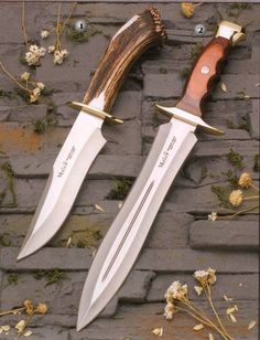 Muela Manum-17s knife and Muela BW-24 knife