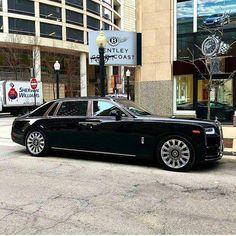 rolls royce classic cars by owner Rolls Royce Limousine, Rolls Royce Cars, Audi, Porsche, Lamborghini, Rolls Royce Cullinan, Rolls Royce Phantom, Best Luxury Cars, Sweet Cars