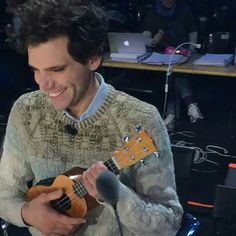 Mika so cute, how even he can be.
