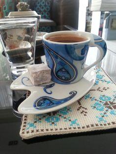 Turkish coffee Fresh Coffee, I Love Coffee, Coffee Break, My Coffee, Morning Coffee, Coffee Mugs, Chocolates, Turkish Coffee Cups, Cute Cups