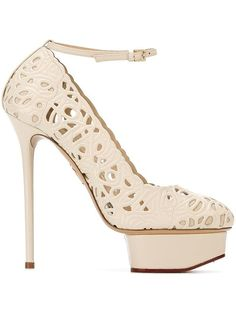 Pre-owned - SNAKESKIN PUMPS Charlotte Olympia