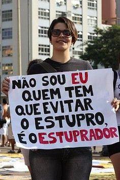 facebook.com/pages/Feminismo-na-rede  Foto - Marcha das Vadias - BH  Créditos : Tulio Vianna