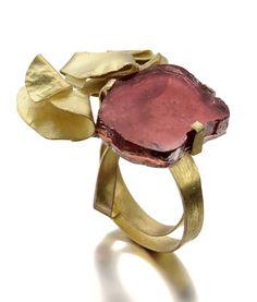da8abe81e311b so nice Modern Jewelry, Jewelry Art, Contemporary Jewellery, Jewelry Rings,  Beaded Jewelry