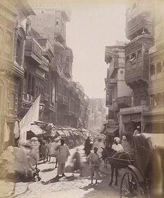 Old &famous street Anarkali Bazar,this scene taken 1895 Lahore Punjab Pakistan Jaisalmer, Udaipur, Old Pictures, Old Photos, Vintage Photographs, Vintage Photos, Colonial India, Vintage India, Walled City