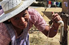 BOLIVIA San Isidro: il futuro. Contiene grandi speranze il #futuro di questo progetto: innanzitutto l' #acqua potabile in tutte le comunità del San Isidro e di conseguenza il miglioramento delle condizioni di vita di ogni #famiglia e di ogni #bambino. Il comune di Comarapa è considerato in #Bolivia un comune modello per alcuni aspetti ambientali: è tra i pochi ad effettuare la #raccolta #differenziata, elabora alcuni dei migliori #progetti di #protezione delle valli.