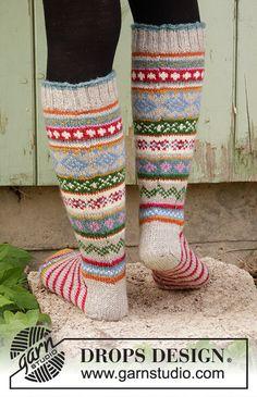 Winter Carnival Socks Drops - - Free Knitting Patterns By Drops Design, Knitting Patterns Free, Free Knitting, Motifs Beanie, Knit Or Crochet, Crochet Pattern, Drops Karisma, Magazine Drops, Knit Art