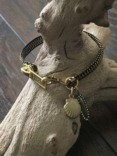 $15 plus $5 Gold Metal Zipper Bracelet by BejewelousBracelets on Etsy