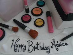Fondant MAC make up & brushes