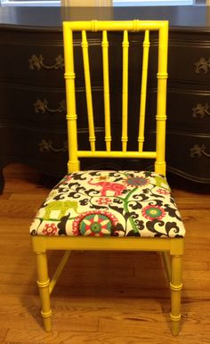 SOLD: Vintage Thomasville faux bamboo chair.