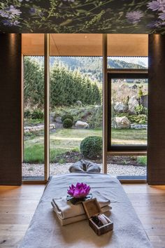 Discover the modern architecture among the Austrian Alps of Falkensteiner Hotel Schladming. Hotel Austria, Spa, Hotels, Places To See, Relax, Architecture, Wellness, Dreams, Home Decor