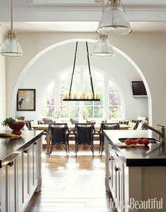 Love the archway and mirror arched windows. Would love to have this architectural feature in my house one day!