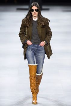 Celine Fall 2019 Ready-to-Wear Fashion Show - Vogue Fashion Mode, Fashion Week, Winter Fashion, Womens Fashion, Fashion Trends, 30 Outfits, New Years Eve Outfits, Fashion Outfits, Celine