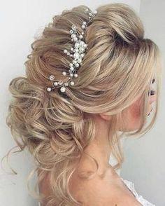 Long Wedding Hairstyles & Bridal Updos via Elstile / http://www.deerpearlflowers.com/long-bridesmaid-hair-bridal-hairstyles/4/